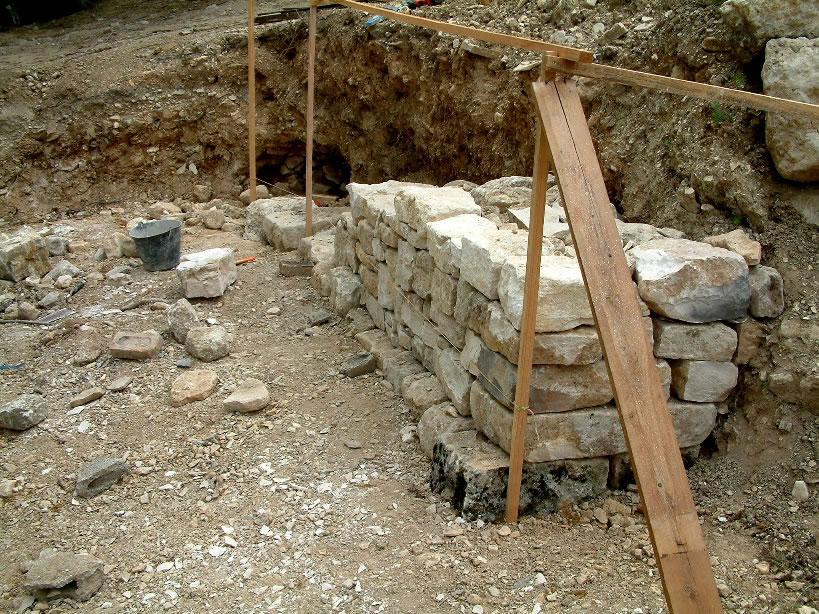 muraillers caladeur de provence b tir construire un mur un pierres s ches mur en pierres. Black Bedroom Furniture Sets. Home Design Ideas