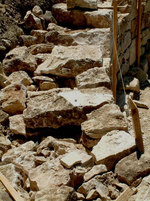 b tir construire un mur un pierres s ches mur en pierres seches 96. Black Bedroom Furniture Sets. Home Design Ideas